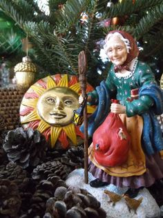 Befana Blessings! and, Happy Twelfth Night to all celebrating! La Befana, Italian Yuletide Witch rides tonight!