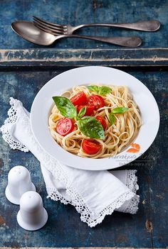 Pasta with tomato and basil by Natalia Lisovskaya on 500px