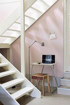 Workspace beneath the stairs Room Interior, Modern Interior, Interior Design, Pink Hallway, Space Under Stairs, Newborn Room, House Stairs, Loft Stairs, Hallway Decorating