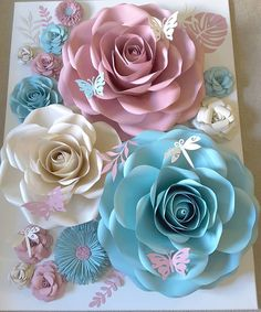 """Flower Shower on Instagram: """"Happy Tuesday! #paperflowers #handmade #paper #paperflorist #paperflowersbackdrop #floresdepapel #hechoamano #papercraft #crafting…"""""""