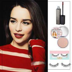 Inspiración de Emilia Clarke Boca: MakeUp Store- Monaco Cara: The Balm - Cindy Lou Manizer Ojos. House Of Lashes - Naturale