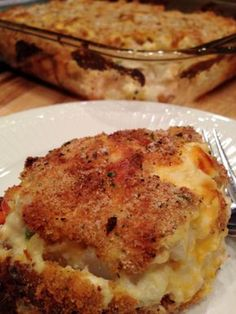 hash-brown-chicken-casserole Hash Brown Chicken Casserole (Printable Recipe) Directions: 2 lbs frozen hash brown potatoes, Southern Style 2 cups shredded cheddar cheese 1/2 teaspoon salt and pepper 1 cup frozen peas and carrots 1/2 cup summer sweet corn, canned 2 C sour cream or plain yogurt 1 can cream of chicken soup 1/3 cup milk 3 cups cooked, shredded roasted chicken Bread crumbs or Corn Flake crumbs