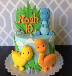 Dinasour Birthday Cake, Baby Boy Birthday Cake, Girl Dinosaur Birthday, Mickey Birthday, Dinosaur Cakes For Boys, Die Dinos Baby, Rodjendanske Torte, Dino Cake, Food Art For Kids