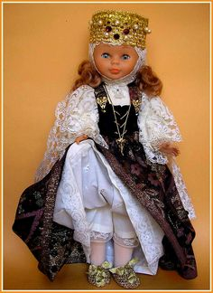 Muñecas AMAVIB ... Mencía y Pelayo American Doll Clothes, Girl Doll Clothes, Girl Dolls, Baby Dolls, Doll Clothes Patterns, Clothing Patterns, Nancy Doll, Barbie, Miss Piggy