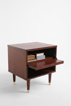 Urban Outfitters: Audrey Side Table //