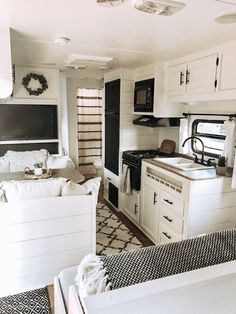"Receive terrific ideas on ""horse trailer"". They are actually readily available for you on our site. Small Travel Trailers, Small Campers, Rv Campers, Teardrop Campers, Teardrop Trailer, Camper Life, Motorhome, Trailer Decor, Rv Trailer"