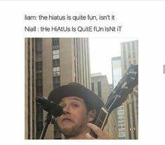 eu consigo imaginar perfeitamente o Niall fazendo isso !