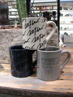 WTW Official Blog続けてWTWオリジナルアイテムの紹介です。  朝のコーヒーをたっぷりと楽しめるアメリカンサイズのビックマグです。 薄いコーヒーと甘いドーナッツを海上がりに楽しみたいですね!