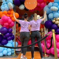 """Yᴏᴜʀ Bᴀʟʟᴏᴏɴs ➪ Eᴠᴇɴᴛsᴛʏʟɪɴɢ op Instagram: """"𝚆𝚑𝚎𝚗 𝚠𝚎 𝚝𝚊𝚔𝚎 𝚘𝚞𝚛 𝚋𝚊𝚕𝚕𝚘𝚘𝚗𝚠𝚊𝚕𝚕 𝚝𝚘 𝚝𝚑𝚎 𝚗𝚎𝚡𝚝 𝚕𝚎𝚟𝚎𝚕! 𝙴𝚎𝚗 𝚠𝚎𝚎𝚔 𝚐𝚎𝚕𝚎𝚍𝚎𝚗 𝚔𝚛𝚎𝚐𝚎𝚗 𝚠𝚎 𝚍𝚎 𝚟𝚛𝚊𝚊𝚐 𝚘𝚏 𝚠𝚎 𝚎𝚎𝚗 𝚎𝚢𝚎-𝚌𝚊𝚝𝚌𝚑𝚎𝚛 𝚔𝚘𝚗𝚍𝚎𝚗 𝚟𝚎𝚛𝚣𝚘𝚛𝚐𝚎𝚗 𝚋𝚒𝚓 𝚍𝚎…"""" Gym Equipment, Balloons, Instagram, Globes, Workout Equipment, Balloon"""