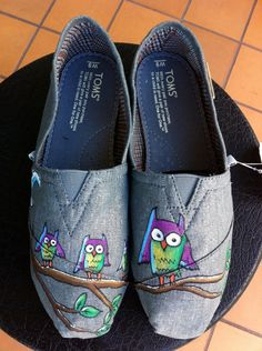 Owl TOMS shoes by BStreetShoes on Etsy, $129.00