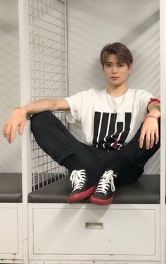 Jaehyun Nct, Nct 127, K Pop, Valentines For Boys, Jung Yoon, Jung Jaehyun, Fandoms, Boyfriend Material, Nct Dream