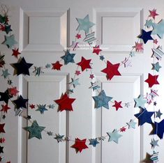 and Blue Star Garland feet of Die cut Stars.Antique looking designer papers and 80 lb card stock. July 4th Holiday, Fourth Of July Decor, Office Christmas Decorations, Birthday Decorations, Holiday Decor, Christmas Paper Crafts, Christmas Crafts, Star Garland, Patriotic Crafts