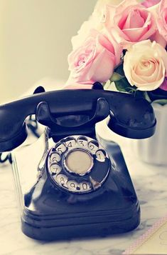 Classic wind up telephone. #vintage #retro dstele.com #interior #decor