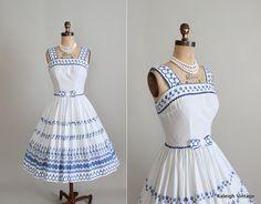 Vintage 1960s Dress : 60s Full Skirt Cotton Sundress