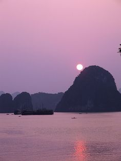 Halong Bay Halong Bay sunset ~ Vietnam