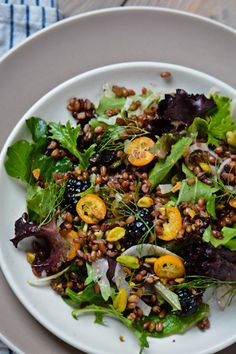 scaling back - 30 days, 30 dishes Day 6: freekeh salad with blackberry vinaigrette