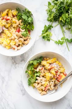 A tasty Thai inspired mango quinoa salad filled with juicy mangoes; Mango Recipes, Lunch Recipes, Whole Food Recipes, Healthy Recipes, Delicious Recipes, Easy Recipes, Healthy Food, Mango Quinoa Salad, Dairy Free Salads
