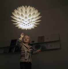 Here we have another awesome creation, the Palm Lamp. It can be used as part of your decor, as a standing lamp, a table or ceiling light fixture. Contemporary Chandelier, Contemporary Interior, Ceiling Light Fixtures, Ceiling Lights, 3d Printer Designs, 3d Printing Technology, Technology Design, 3d Printing Service, 3d Prints