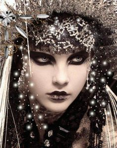 A dark, dramatic makeup look with black eyeshadow and black lipstick shared by Muncha Z on Jessica Stam, Jhon Galliano, Tribal Fusion, Art Visage, Black Lipstick, Paris Mode, Dramatic Makeup, Elegant Makeup, Fantasy Makeup