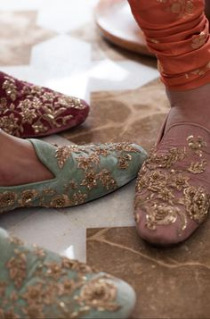Sabyasachi Spring Couture The Udaipur Collection. Jewellery by Kishandas For Sabyasachi. Photograph by Tarun Khiwal. Wedding Wear, Wedding Shoes, 2017 Wedding, India Wedding, Wedding Outfits, Bridal Shoes, Wedding Reception, Indian Shoes, Groom Shoes
