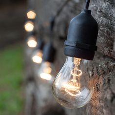 Patio and outdoor lighting ideas to transform your backyard. DIY tips for backyard lighting and outdoor party lights. Outdoor Party Lighting, Backyard Lighting, Pergola Lighting, Landscape Lighting, Lighting Ideas, Hanging Patio Lights, Solar Patio Lights, Globe String Lights, Kitchen Lighting Fixtures
