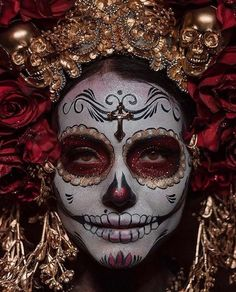 ― V I V E M É X I C Oさん( 「🔘F e l i c i d a d e s 🔘 Tu fotografía ha sido seleccionada como la Foto…」 Mexico Day Of The Dead, Day Of The Dead Skull, Halloween Kostüm, Halloween Costumes, Halloween Face Makeup, Vintage Halloween, Skeleton Costumes, Maquillage Sugar Skull, Candy Skull Makeup
