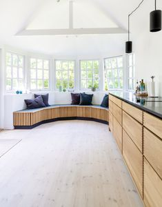 Sweet Home Design, Tiny Office, Living Spaces, Living Room, Scandinavian Kitchen, Room Wallpaper, Diy Home Improvement, Home Organization, Indoor