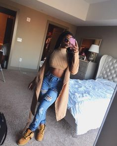 """De'arra Taylor on Instagram: """"Another day, another slay Top from : @wearallofficial """""""