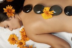 Swedish Massage is a popular type of massage therapy that is used for painful conditions. Li Spa provides massage therapy in Select City Walk Mall, Delhi NCR at affordable prices. Massage Spa, Stone Massage, Thai Massage, Good Massage, Spa Therapy, Massage Therapy, Cupping Therapy, Aroma Therapy, Technique Massage