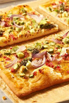 Spargelpizza   mit grünem Spargel - ein tolles Abendessen