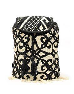 Υφασμάτινη τσάντα σακίδιο πλάτης 27,99 € Bucket Bag, Handbags, Fashion, Moda, Totes, Fashion Styles, Purse, Hand Bags, Women's Handbags