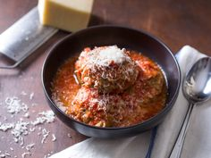 slow cooker meatballs and red sauce