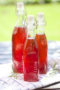 Summer Soda: Strawberry, Ginger & Rosemary