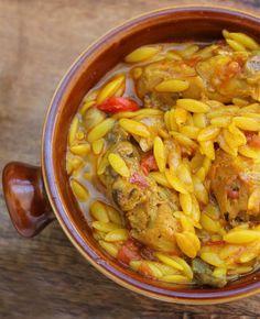 Información de la receta de gurullos con conejo típica de Almería, un plato que no dejará indiferente a nadie, éxito asegurado.