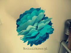 Wielobarwne pompony z bibuły. Jak je zrobić? Zobacz na brzuszkowo.pl ♥