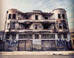 Abandoned building at Avenida do Estado, Sao Paulo – Brazil