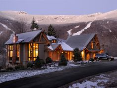 HGTV Dream Home in Vermont Mountains I'll take one of these out West please. (just as a winter vacation home) Dream Home Design, My Dream Home, House Design, Porches, Mountain Dream Homes, Forest Mountain, Mountain Style, Mountain Cabins, Mountain Modern