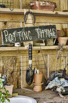 gardening signs for potting table - Bing images Lawn And Garden, Garden Pots, Garden Cottage, Garden Junk, Vegetable Garden, Potting Station, Shed Signs, Shed Interior, Potting Tables