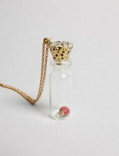 Lady Jar | OLDgOLD BOUTIQUE