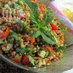 Salade grecque au boulgour @ allrecipes.fr