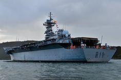 Una lástima que se vaya al desguace, portaaviones Príncipe de Asturias.
