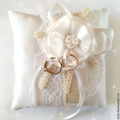 """Подушечка для колец """"Ванильная"""" - белый,подушечка на свадьбу,подушечка для колец"""