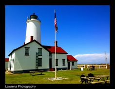 The New Dungeness Spit Light House. The New Dungeness lighthouse is located on the Dungeness Spit in the Dungeness National Wildlife Refuge near the town of Sequim in Clallam County in the U.S. state of Washington, on the Strait of Juan de Fuca. Http://www.lawrenzphotography.com PNW