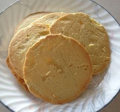 Tortillas - 2 Cups of Almond flour, 2 Eggs, 1 tsp Olive Oil, tsp Sea Salt. Combine and bake at for 8 minutes. Paleo Tacos, Paleo Pizza, Paleo Bread, Paleo Diet, Paleo Baking, Healthy Tacos, Keto Foods, Ketogenic Diet, Low Carb Recipes