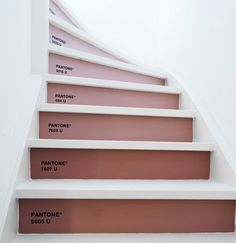 A color palette in pink tones inspired by the stairs in Marly Gommans her home ... in case you missed the face-to-face we had with this Dutch designer head over here to see her inspiring home... 1. journal 2. pillow...