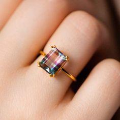 Stone Rings, Stone Jewelry, Metal Jewelry, Crystal Jewelry, Emerald Cut Rings, Dainty Jewelry, Nice Jewelry, Jewelry Ideas, Handmade Jewelry