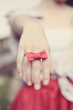 Bow Ring. Omg I love bows so much!🎀