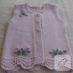 Baby vest models 2018 Let's see what's happening. combed rope wide braid … – fatma öztürk – Join the world of pin Knitting For Kids, Baby Knitting Patterns, Knitting Designs, Hand Knitting, Baby Cardigan, Baby Sweaters, Girls Sweaters, Toddler Dress, Baby Dress