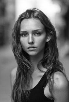 Rachel Cook | My favourite Models #models #minimal #minimalistgigi | Minimalist GiGi // GiGi