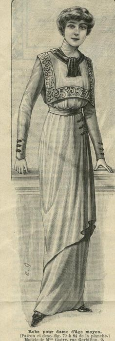 January 1913 Square Yolked Dress